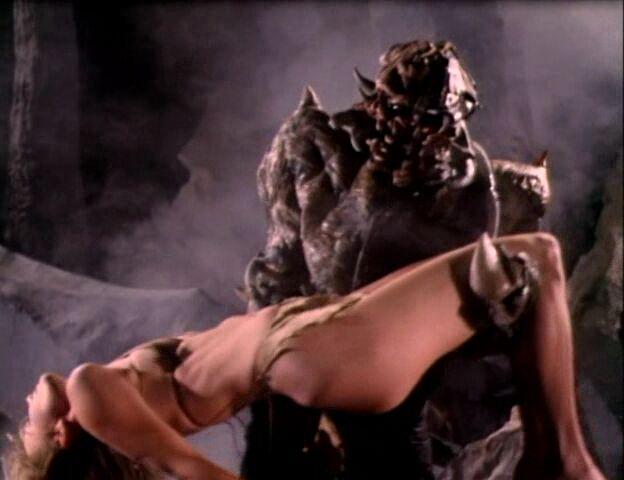 Смотреть фантастические фильмы с элементами эротики онлайн